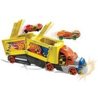 Set Hot Wheels Mattel Camion coliziune cu 1 masinuta