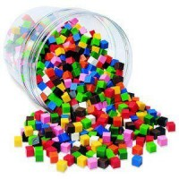 Cuburi multicolore